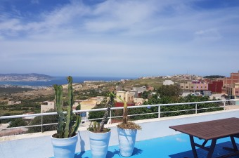 Beautiful house of 250m ² located in the region of Nouiouich, 12 minutes from the center of Tangier.