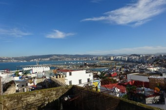 Beautiful traditional house very bright with a large light well and two large terraces with surprising 360 ° views.