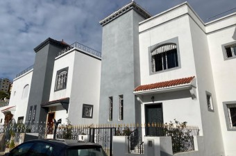 Townhouse in a private secure complexe next to main road leading to Aswak Assalam supermarket.